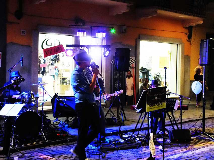 TakeCare - Live Music Band Torino